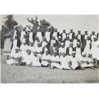 Groupe de jeunes filles de l'école ménagère de Cana
