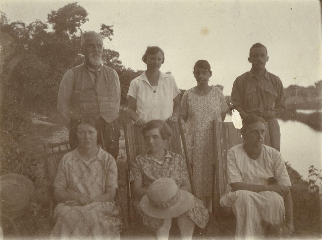 Groupe de missionnaires