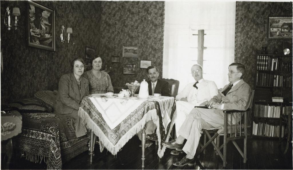 Halte chez les missionnaires norvégiens de Ihosy