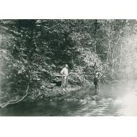 Halte sur les bords d'une rivière