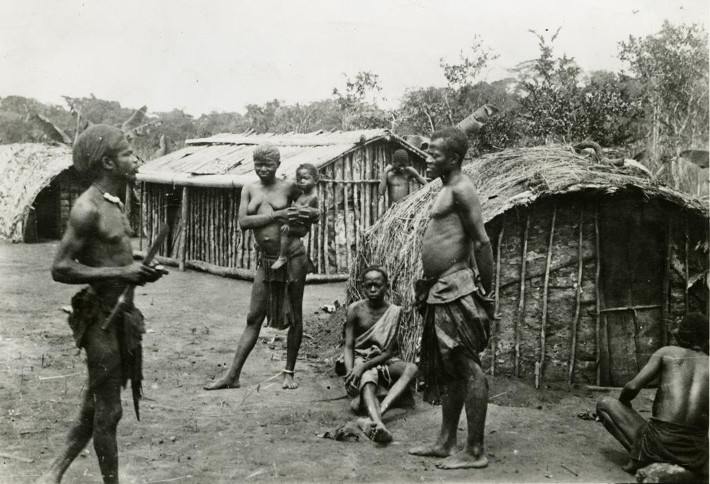 Haut-Ogooué, village avandji