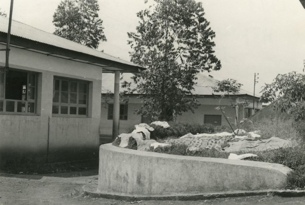 Hôpital de Ndoungue, chirurgie et maternité / Jean Cabrol (1956/1961)