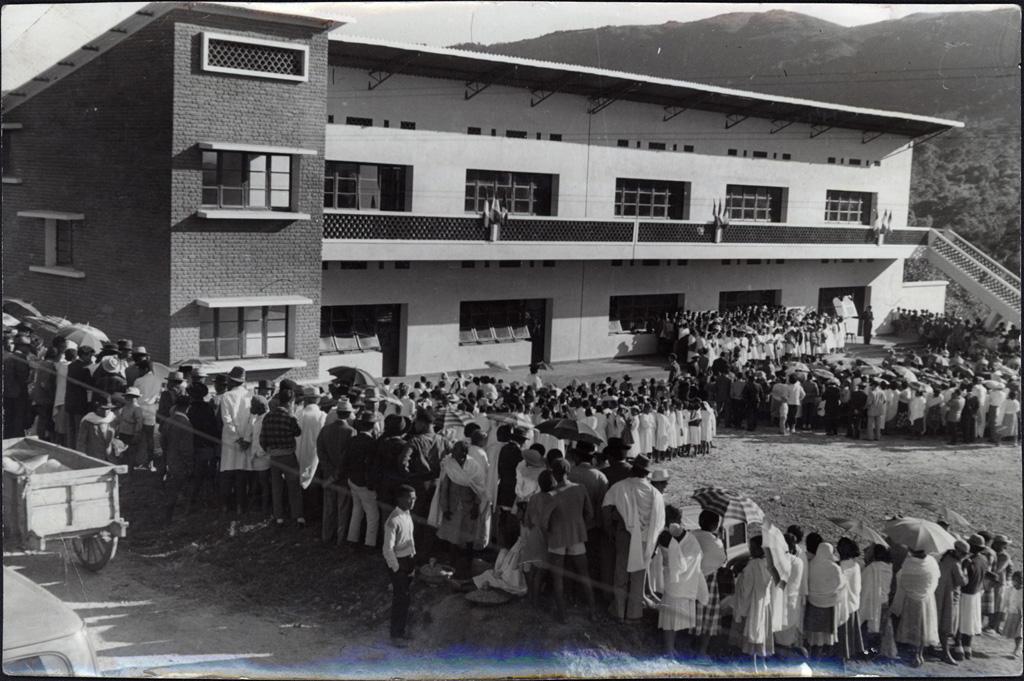 Inauguration de l'école de filles
