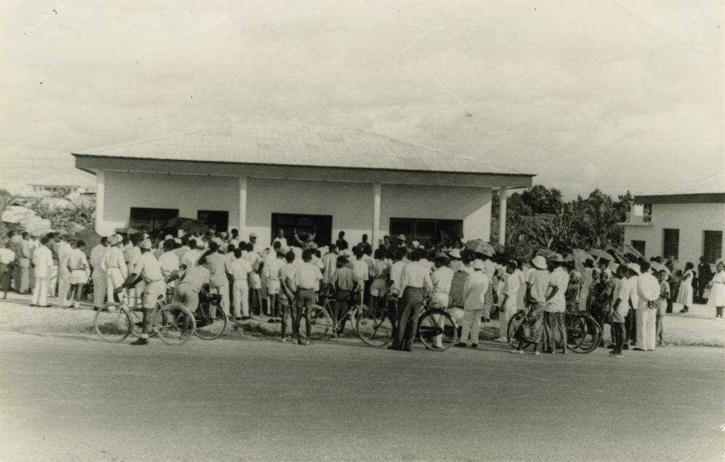 Inauguration du siège des Eglises baptistes au Cameroun / Photo George (1950/1970)
