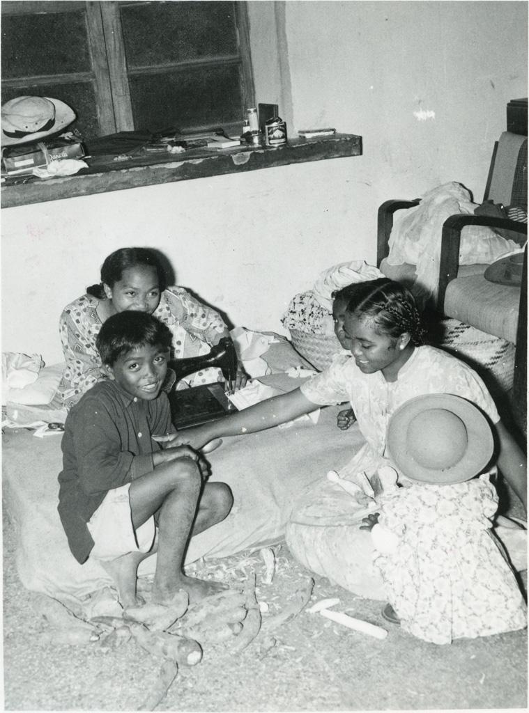 Inondations. Foyer de jeunes gens