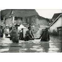 Inondations. Les Eclaireurs Unionistes ont courageusement participé aux secours.