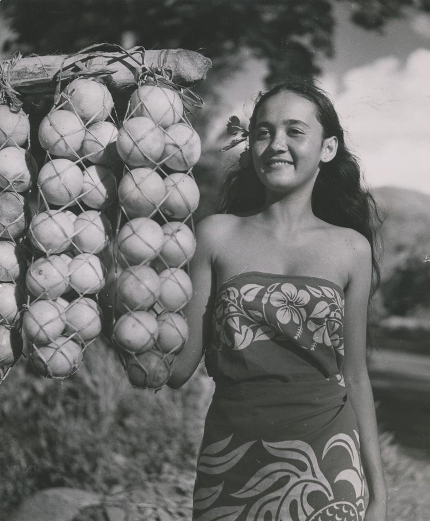 Jeune fille de Papeete