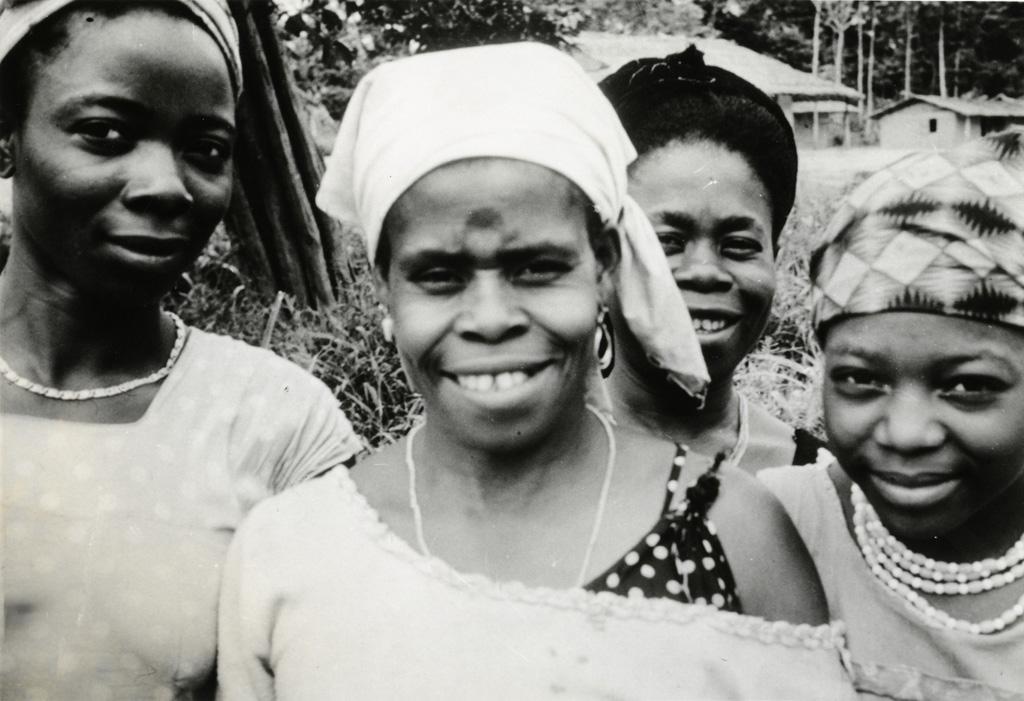 Jeunes femmes Gabonaises