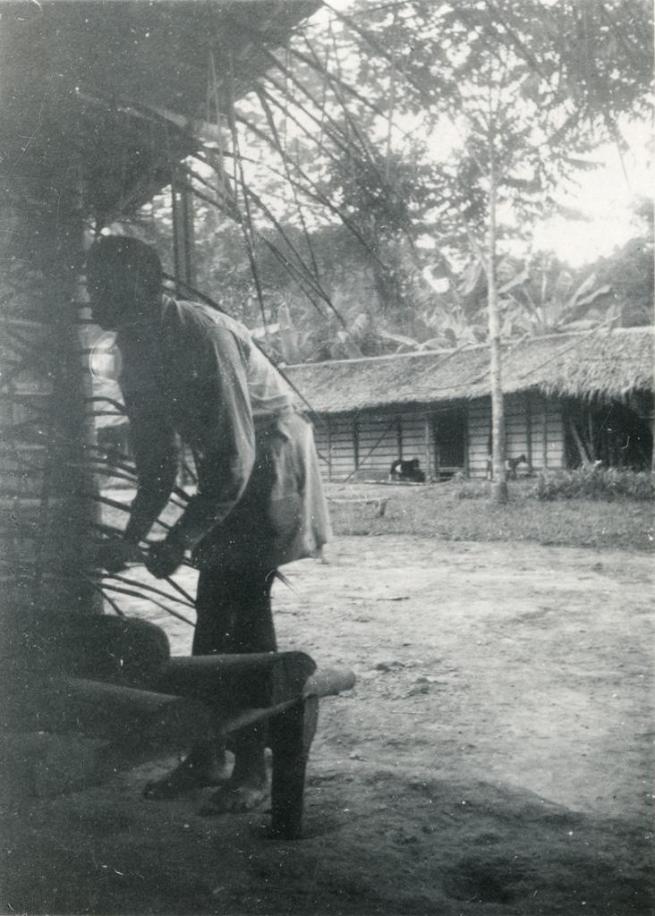 Joueur de Nkful (tambour)
