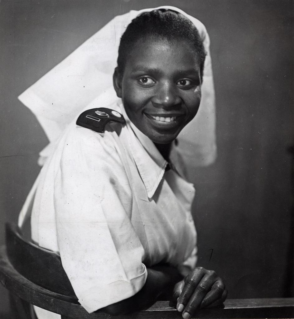 Kapelwa, première infirmière indigène de Northern Rhodesia qui ait obtenu le diplôme européen à Durban