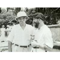 L'abbé Pierre rencontre le docteur Schweitzer