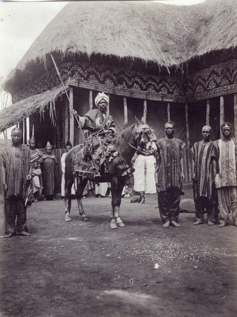 L'oncle du Sultan à cheval