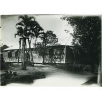 L'unique temple protestant de Tamatave. Baraquement totalement insuffisant pour les besoins du culte et de la paroisse.