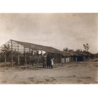 La case du catéchiste Boulou de New Bell en voie de construction