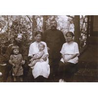La famille du missionnaire Pasteur et Edouard Benignus
