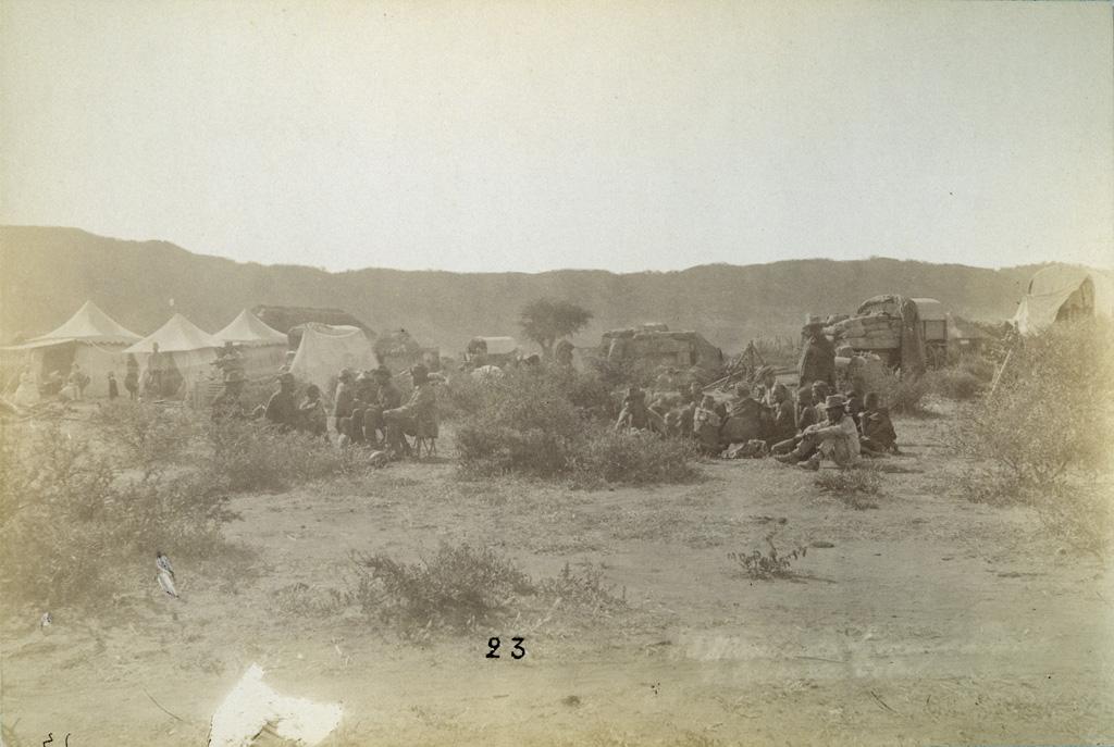 Le camp avant le lever du soleil, Mangwato