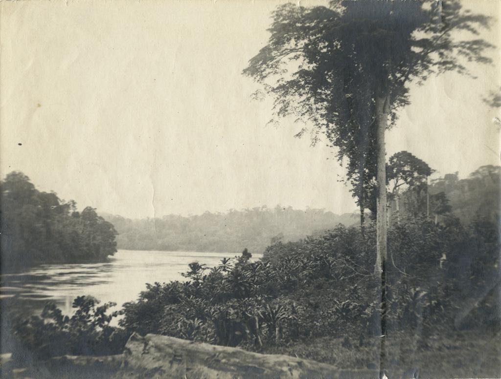 Le fleuve à Talagouga vu depuis la case montons vers le bas