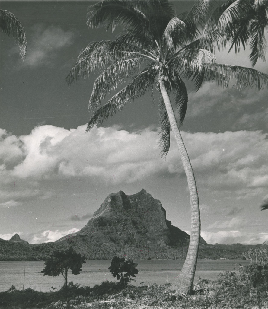 Le massif de Bora-Bora