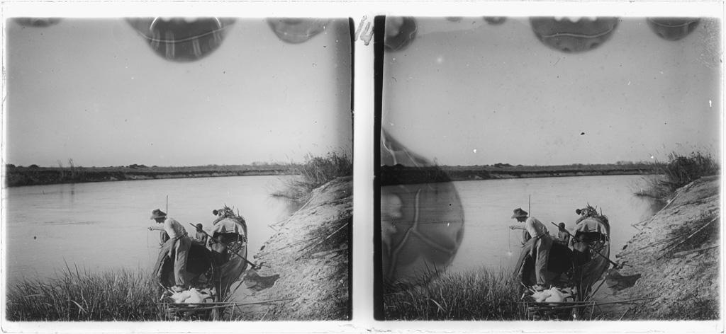 Le missionnaire Georges Dieterlen à la pêche