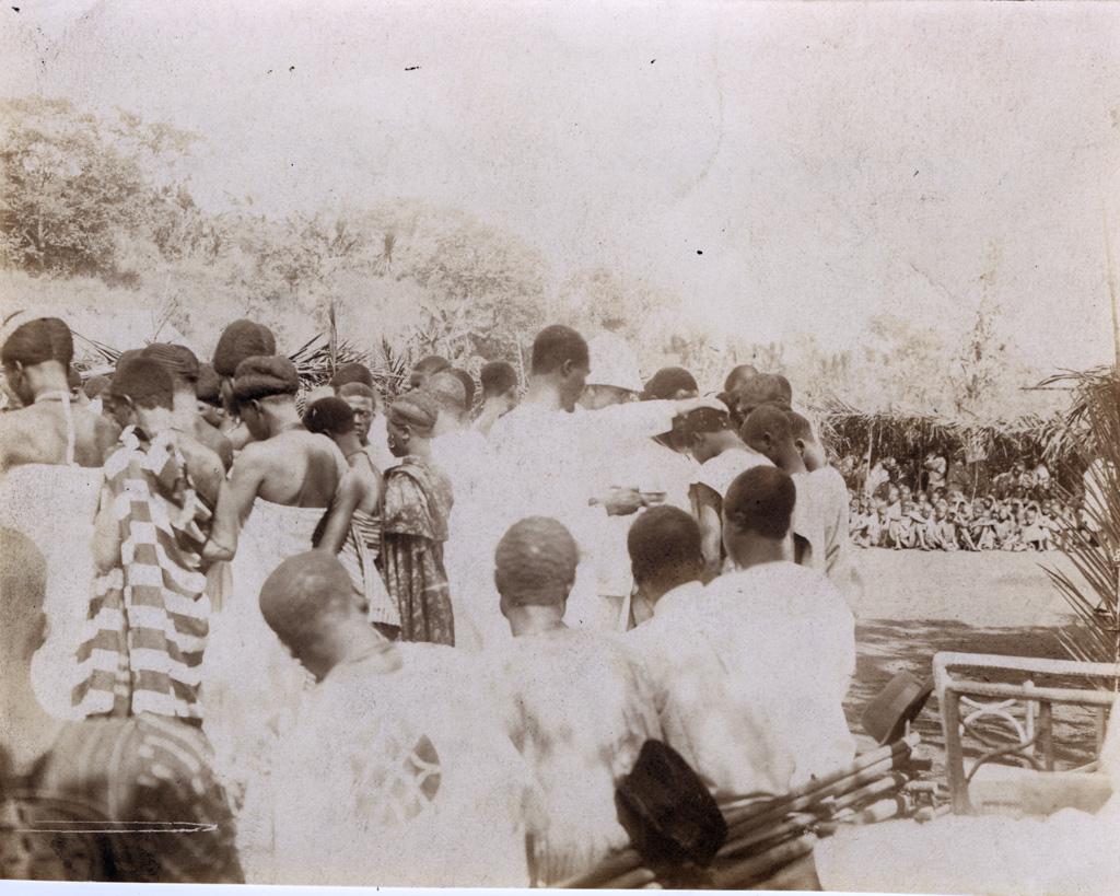 Les baptêmes d'adulte, Noël 1920, Foumban / Félix Vernet (1920-12)