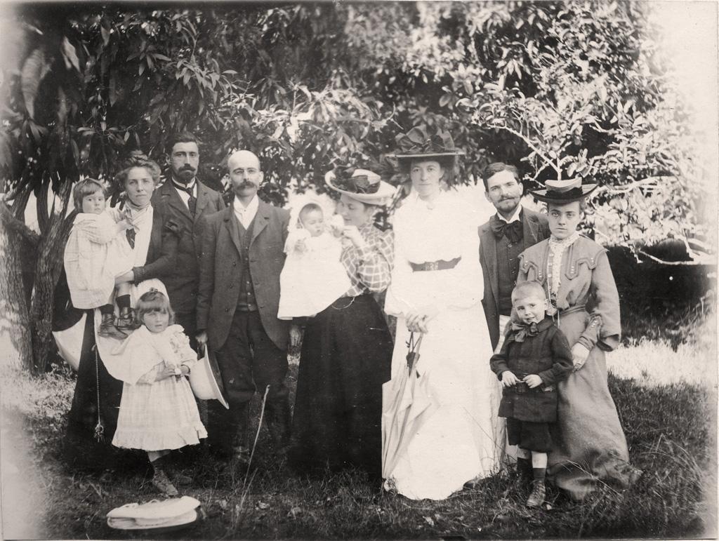 M. et Mme Richard, M. et Mme Frédéric Vernier, M. et Mme Parisot