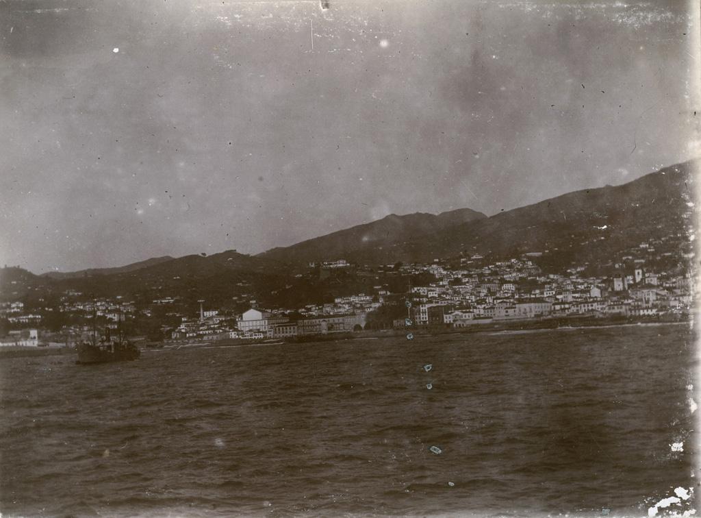 Madère, ville et port