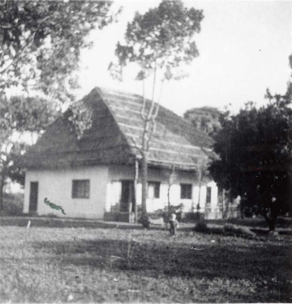 Maison missionnaire à Bangwa