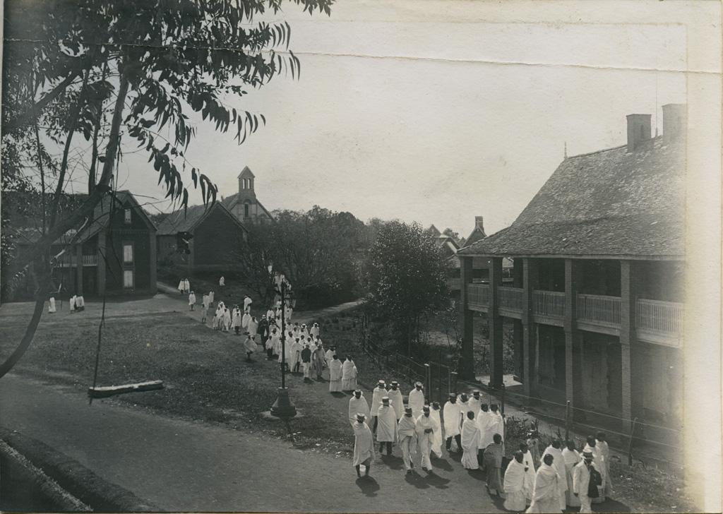 Manarintsoa avant l'édification du clocher actuel
