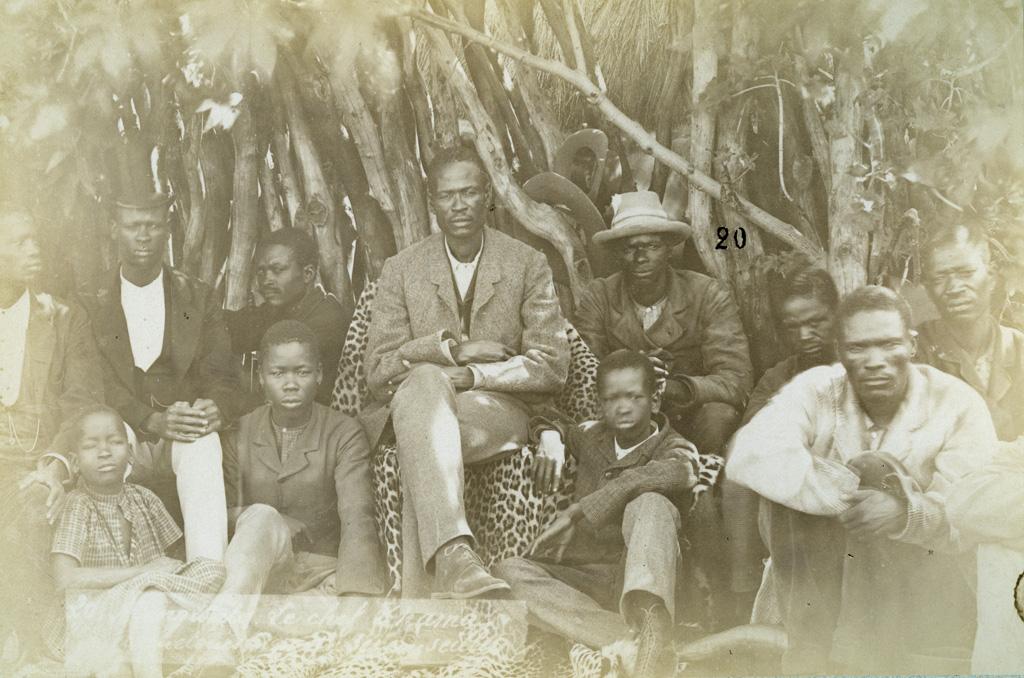 Mangwato, le chef Khama et quelques-uns de ses conseillers