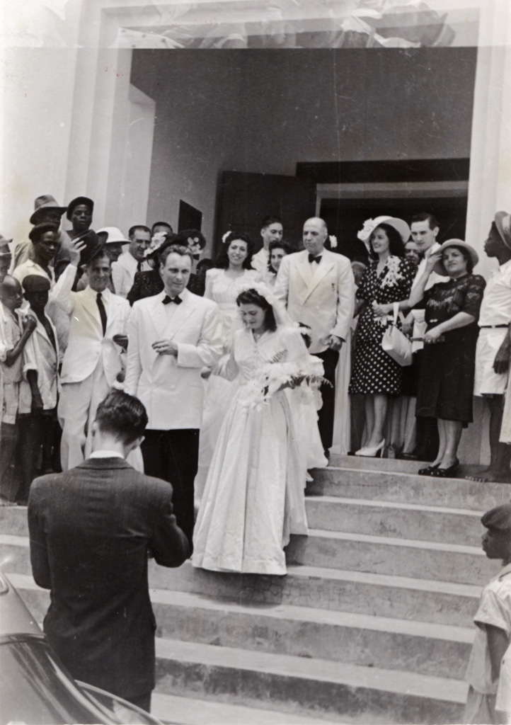 Mariage Evrard-Rossidès au temple du Centenaire de Douala