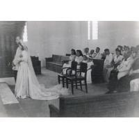 Mariage Evrard - Rossidès au temple du centenaire à Douala