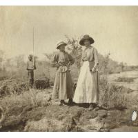 Melles Dogimont et Briod montant à la Conférence missionnaire
