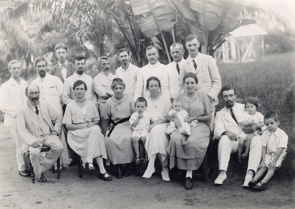 Missionnaires participant à la conférence du Cameroun