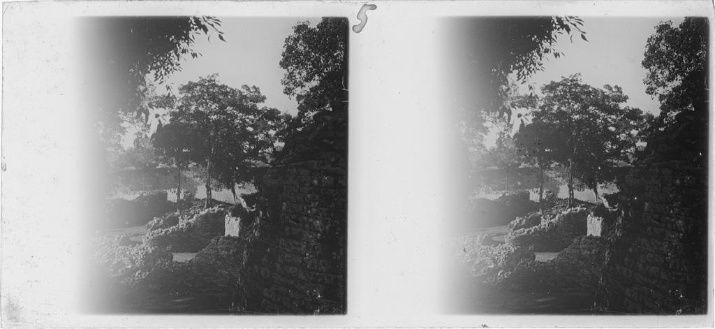 [Monument national du Grand Zimbabwe : ruines]