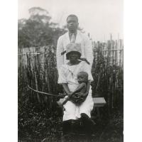 Ndône Abesole et sa femme