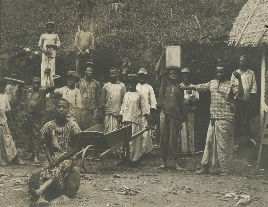 Ouvriers pahouins