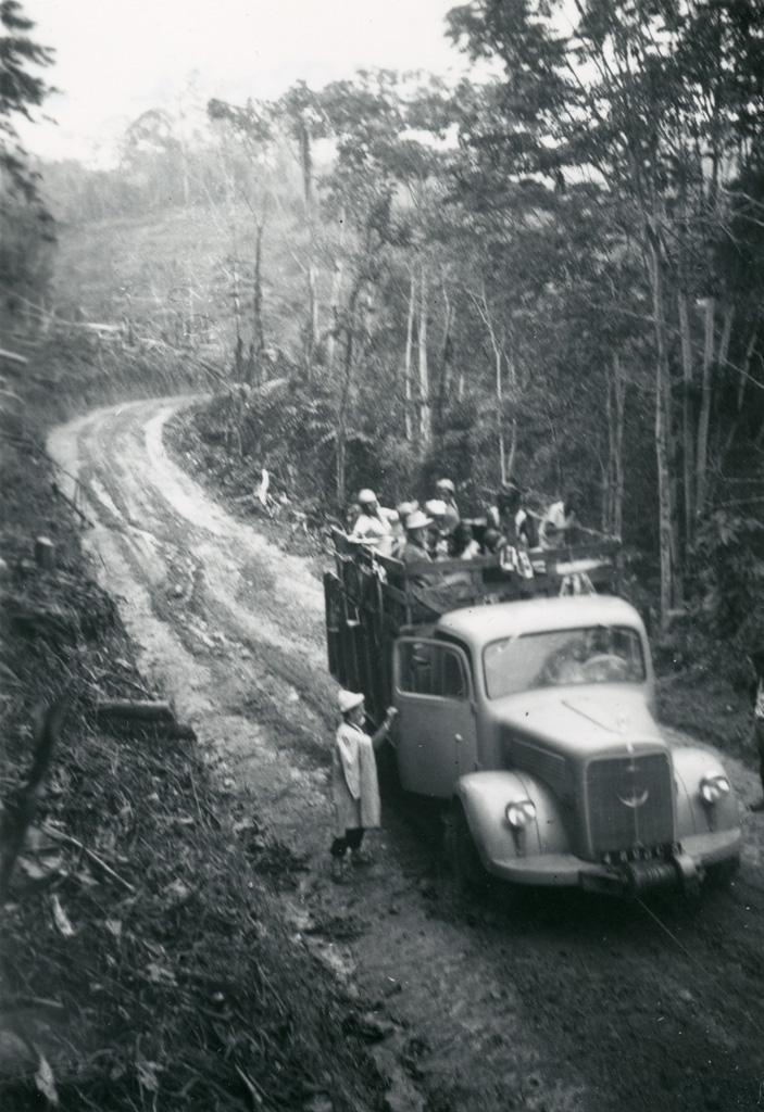 Passage difficile à 3km de Lalagha (route de Oyem à Ndjolé)