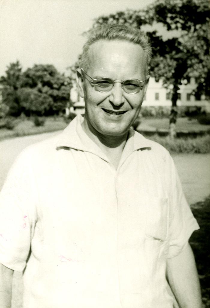 Pasteur Mirko Mikolasek