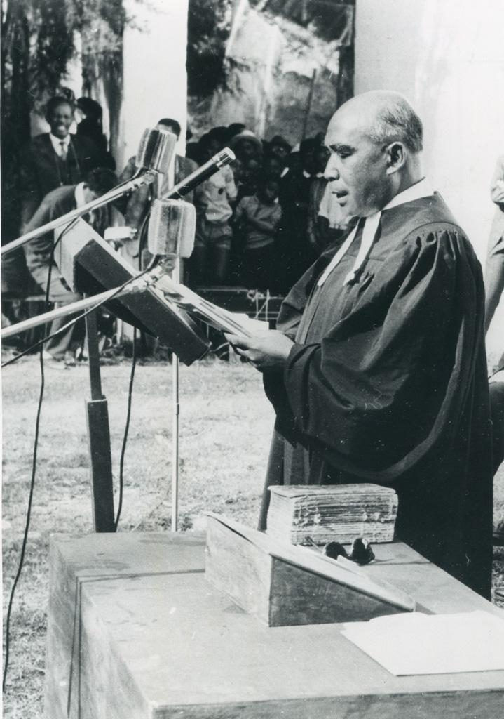 Pasteur Titus Rasendrahasina, président de l'Eglise Unie, Eglise de Jésus Christ à Madagascar (Fiangonana Jesosy Kristy eto Madagascar ou FJKM)