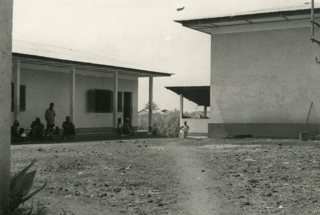 Pavillon des femmes, hôpital de Ndoungue