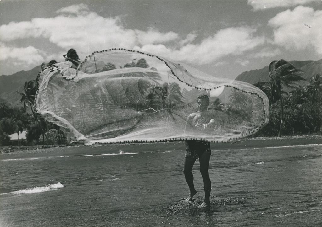 Pêcheur, lancer de filet