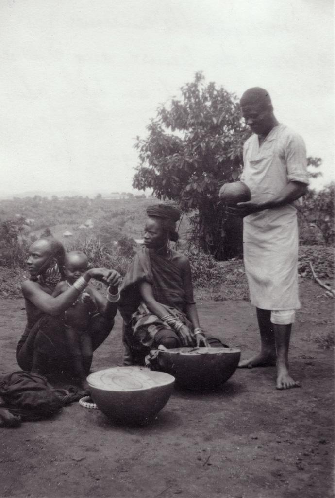 Philippo (le cuisinier) achetant du beurre aux femmes Bororos