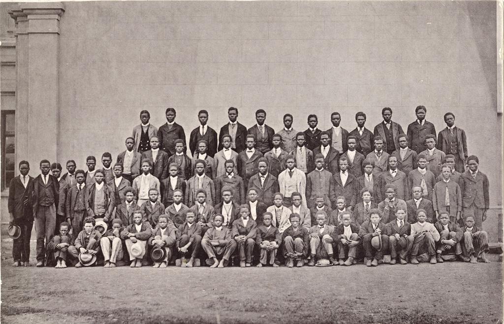 Portrait de groupe d'élèves de la station de Lovedale