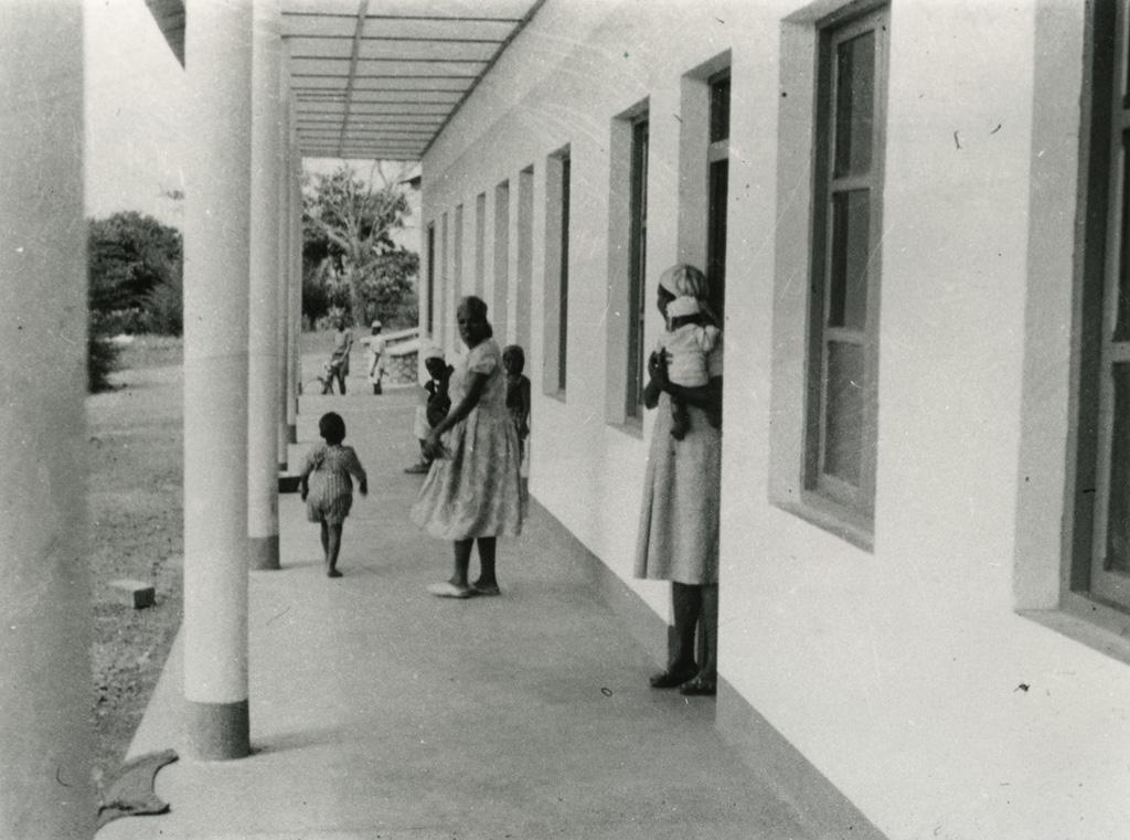 Pouponnière de Bangwa / non identifié (1940/1960)