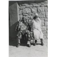 Qefata Sempe, chef du district de Quthing, et son fils