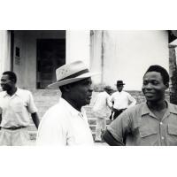 Quelques membres de l'église dont le pasteur Njike Charles Emmanuel