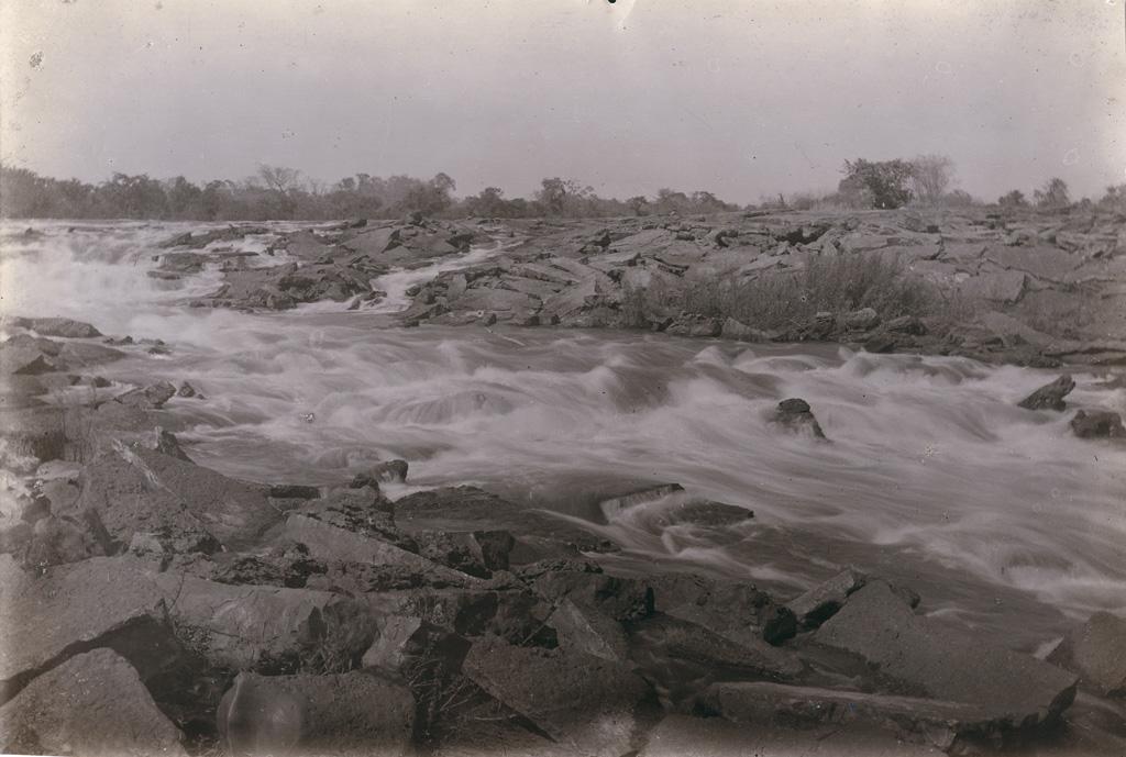 Rapides des chutes Ngonga