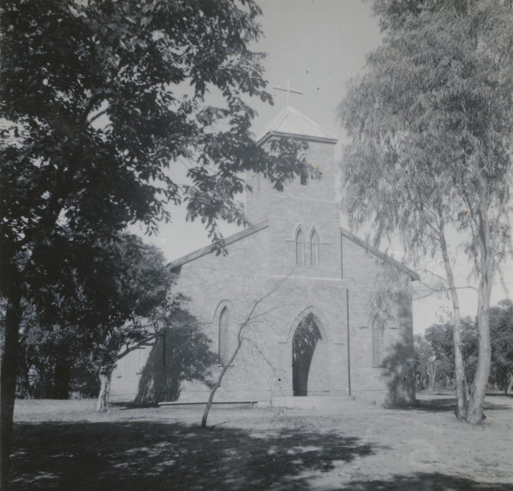 Saint-Peter on the Hill, l'église de Limulunga