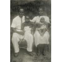 Salomon avec sa famille chrétienne