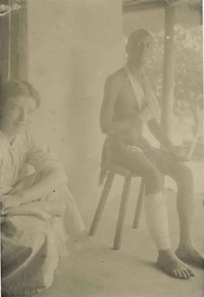 Situala, le blessé du lion du 27 Août 1920 et une missionnaire